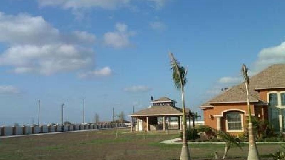 Feds move to seize gulf cartel leader 39 s cash homes news for Cardenas mercedes benz harlingen