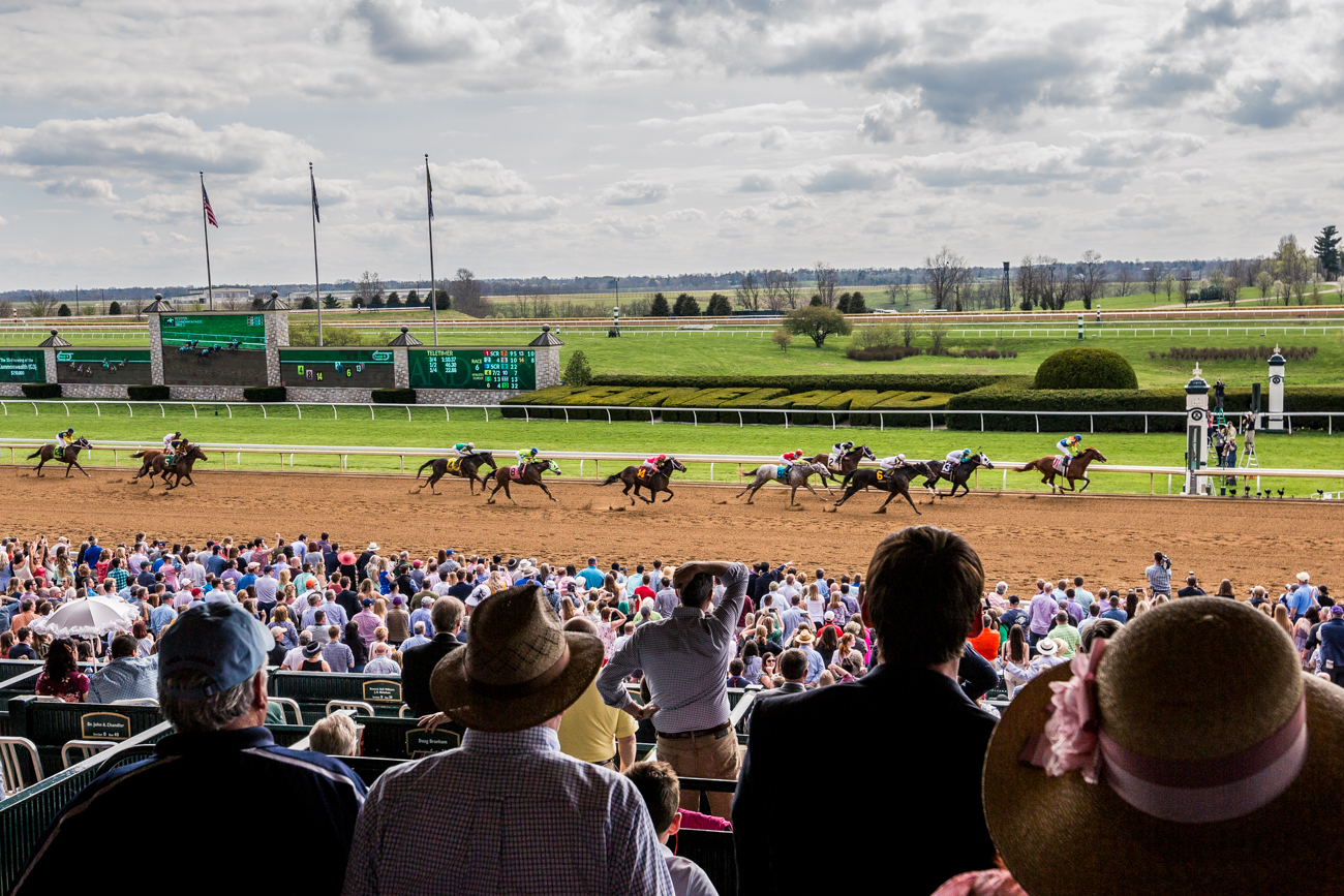 Attendees gather trackside at Keeneland.{ }/ Image courtesy of Catherine Viox // Published:{ }4.12.19